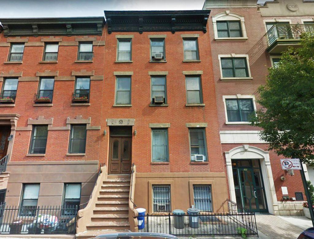 $3,700,000 - Brooklyn, NY (Carroll Gardens) - Emerald Creek Capital